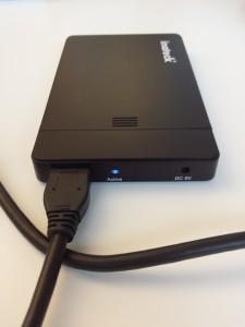 Boitier 2.5 USB 3.0 d'Inateck en fonctionnement