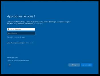 Etape 6 : cliquez sur ignorer... pour ne pas utiliser un compte Microsoft