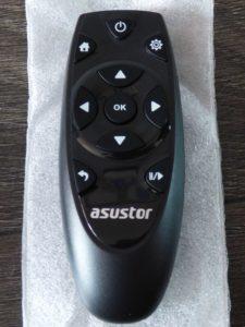 La télécommande pour les NAS Asustor est vendue séparément