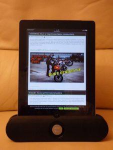 Utilisation de l'enceinte avec une tablette 9,7 pouces en mode portrait
