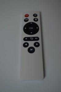 La télécommande pour piloter la tablette