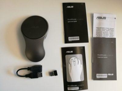 Dans la boite : la souris, un dongle USB, une rallonge USB et un manuel