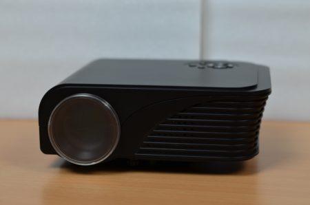 Un vidéoprojecteur LED à moins de 100 euros