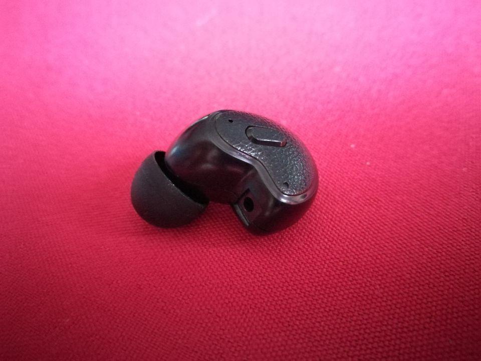 L'oreillette dispose d'un seul bouton.