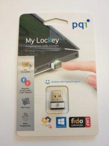 Un lecteur d'empreinte USB PQI dans son emballage