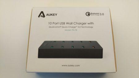 La boite du chargeur de bureau USB 10 ports